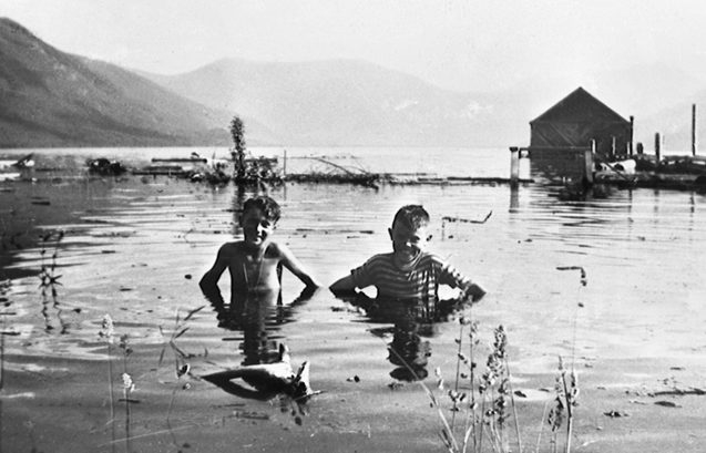 Frank Fulkco and Bob Murphy on the CPR tracks at Nakusp during the 1948 flood