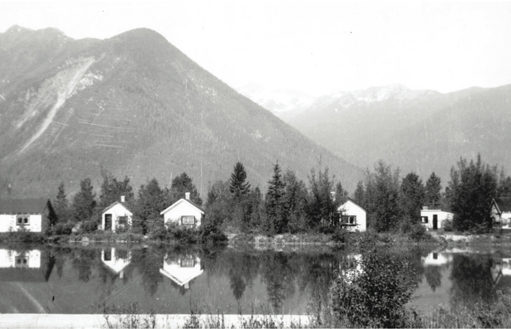 Kinbasket Lake Resort Cabins, 1946